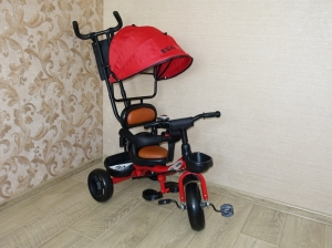 Детский трёхколесный велосипед - Lexus Trike красный