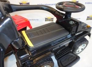 Машинка каталка Гелендваген G63 (толокар) 7666 с кожаным сиденьем и родительской ручкой в Ростове на дону черный и красный