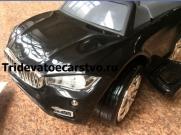Толокар - машинка каталка BMW с резиновыми колесами и ручкой